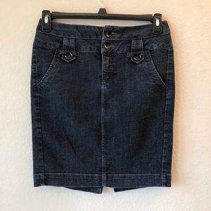 One 5 One Denim Skirt Dark Blue Wash Pockets ✅